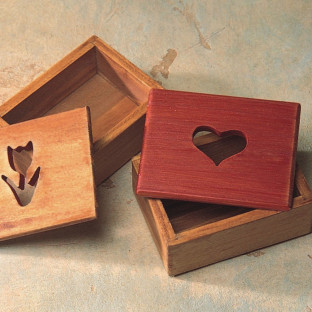 WOOD BOX HEART 3-1/4IN X 2-1/2IN X 1-1/4IN