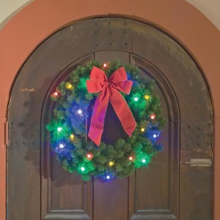 WREATH WITH MULTI COLOR LED LIGHTS