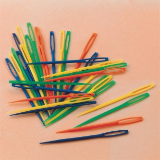 PLASTIC LACING NEEDLES PK/32