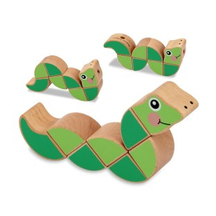 WOODEN TOY WIGGLING WORM GRASPING TOY