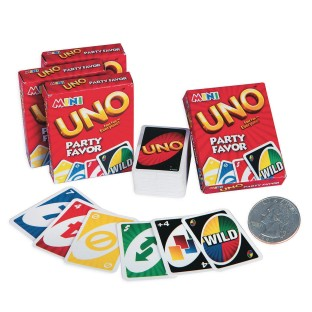 Uno ® Mini Card Game (pack of 4)