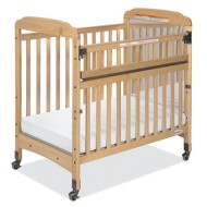 Serenity™ SafeReach™ Crib with Mirror and Clear Ends