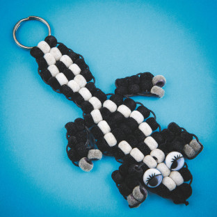 Fuzzy Skunk Pony Bead Craft Kit