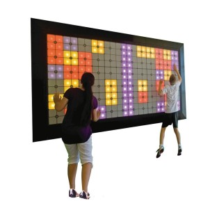 LIGHTSPACE EXERGAME PLAYWALL