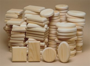 Unfinished 128-Piece Small Plaque Assortment - Image 1 of 1