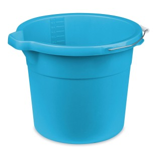 18 Quart Spout Bucket - Image 1 of 1