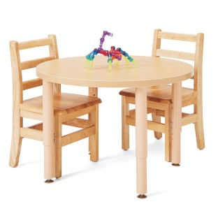 round table and chairs for classroom